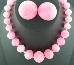 Pink Marble Lucite Long Single Strand Necklace and Button Style Earrings Set2002
