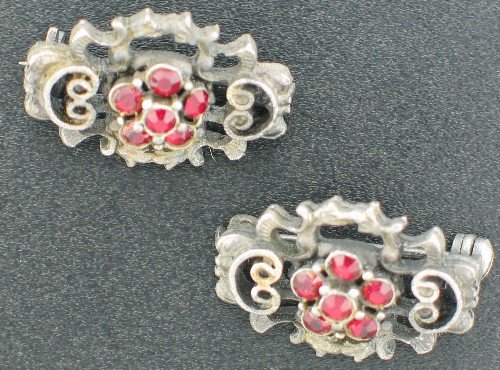 Pewter Colored Red Rhinestone Scatter Pins Set2019