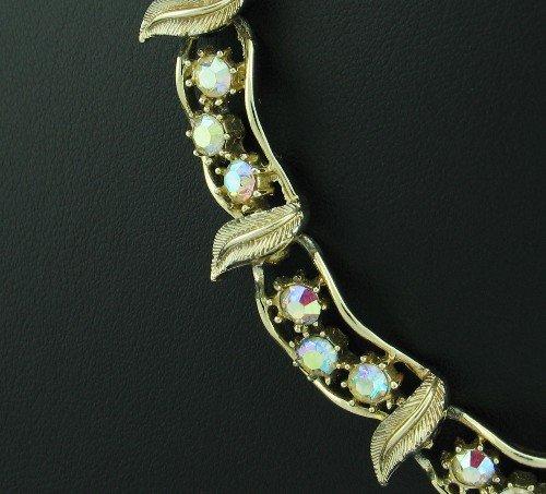 Vintage Coro Gold Tone Aurora Borealis Necklace Nec2028