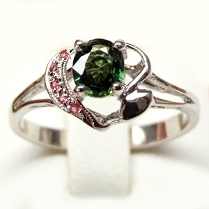 ** NICE ** Silve ring with Natural Green and Orange Sapphire