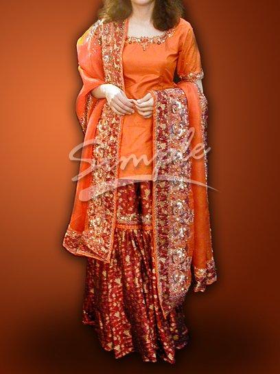 Orange & Maroon Wedding Dress 047