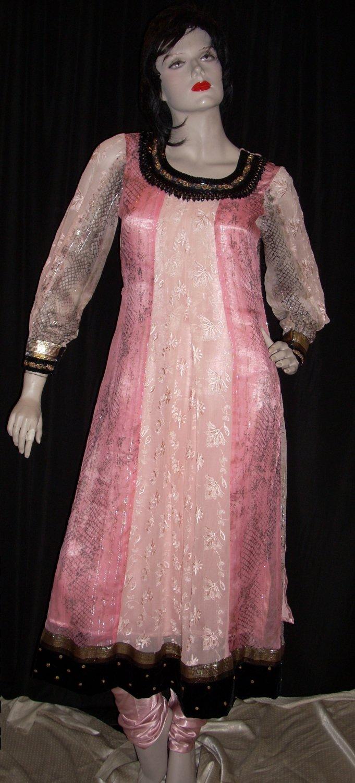 Shades of Pink 536
