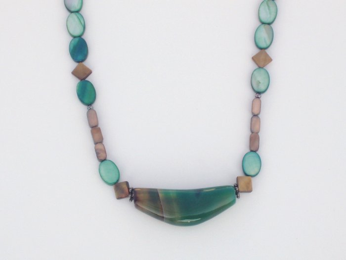 Slice of Life Green Agate and Mother of Pearl Necklace