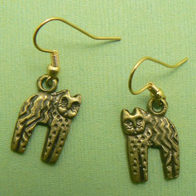 Primitive Arched Cat Pewter Earrings - Pewter (Gold Toned)