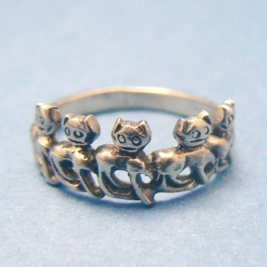 Parade of Kitty Cats Sterling Silver Ring - (Size 7)
