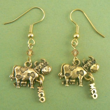 Moo Cow Dangle Earrings � Pewter (Gold Toned)