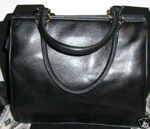 VALERIE STEVENS BLACK HANDBAG