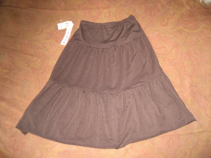 New Brown Juniors Ruffle Jersey Skirt Medium  . W/TAGS