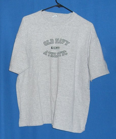 Old Navy Outlet T-Shirt