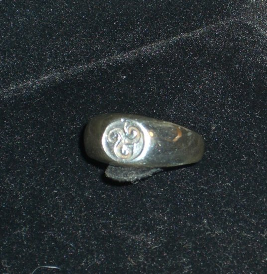 Fine Silver Ring .925 Pre-owned