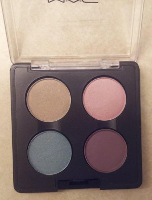 MAC Sweetie Cakes Eyeshadow Palette - Brand New - No Longer Sold