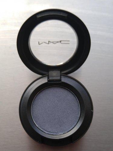 MAC Eye Shadow - Love Lace (Veluxe Pearl) - BNIB