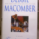 Thursdays at Eight, Debbie Macomber
