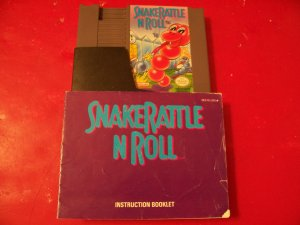 SNAKE RATTLE N ROLL WITH BOOKLET *TESTED* NINTENDO