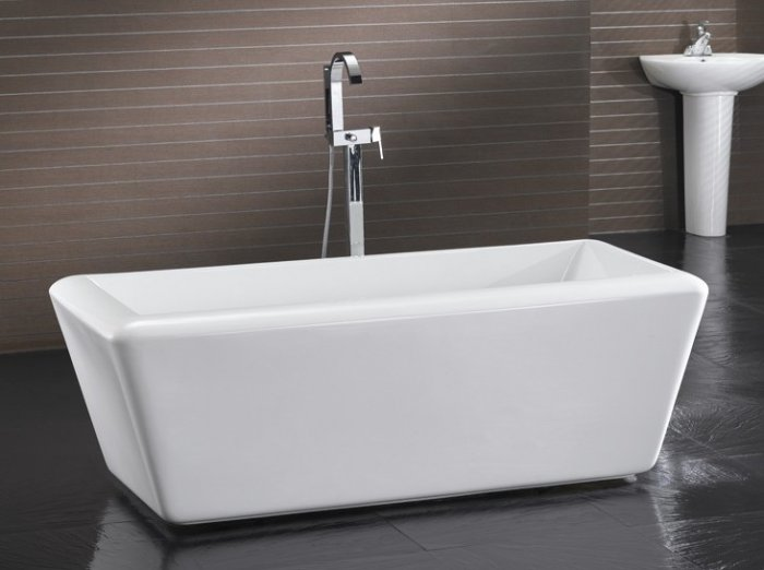 Roma modern free standing bathtub faucet bathtubs bath tub for Free standing bath tub