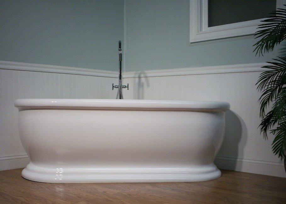 M-411 MODERN FREE STANDING BATHTUB & FAUCET