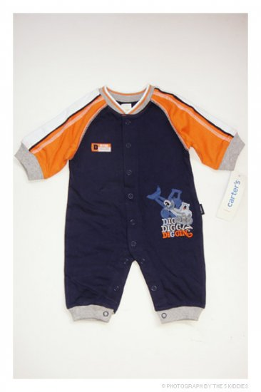 [SALE ] NEWBORN Babyboy Carter's Jumpsuit/Onesie/Romper: D is for Digging