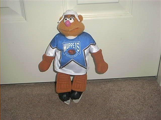 "McDonald's Canada The Muppets FOZZIE BEAR NHL Hockey Plush 1995 10"" RARE"