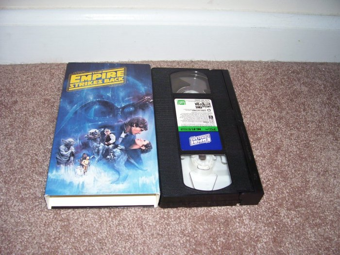Star Wars THE EMPIRE STRIKES BACK VHS Video EXC COND! 1992 FROM A PRIVATE COLLECTION!