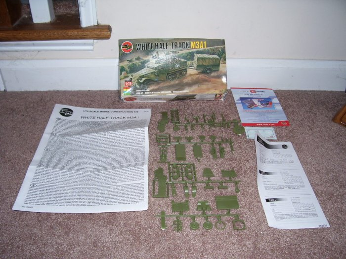 WHITE HALF-TRACK M3A1 Military Kit By AIRFIX UNUSED! COMPLETE!