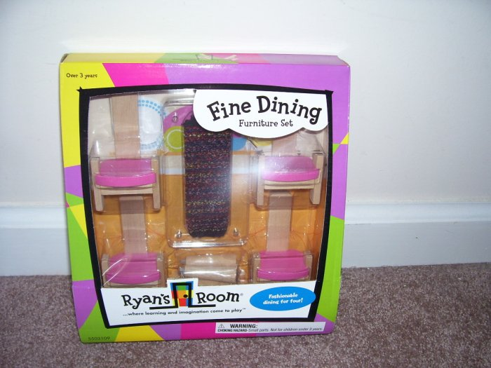 RYAN'S ROOM * FINE DINING FURNITURE SET * WOODEN NEW! HTF!