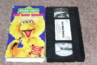 Sesame Street BIG BIRD SINGS * VHS * 1995 HARD TO FIND!