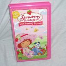 Strawberry Shortcake MEET STRAWBERRY SHORTCAKE VHS 2003 in Pink Clamshell Case