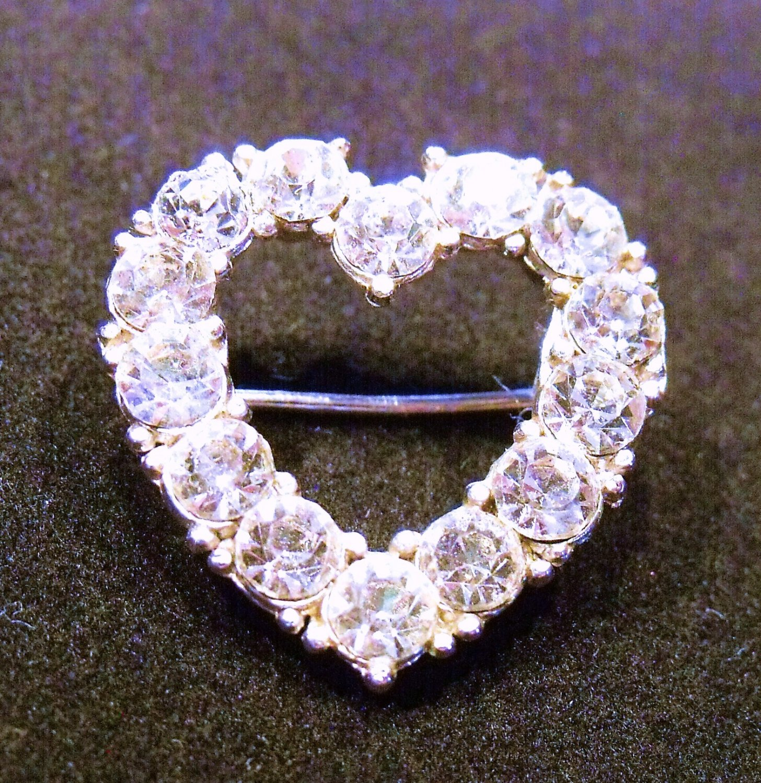 Rhinestones Heart Pin Brooch Vintage Sparkling Stones Jewelry