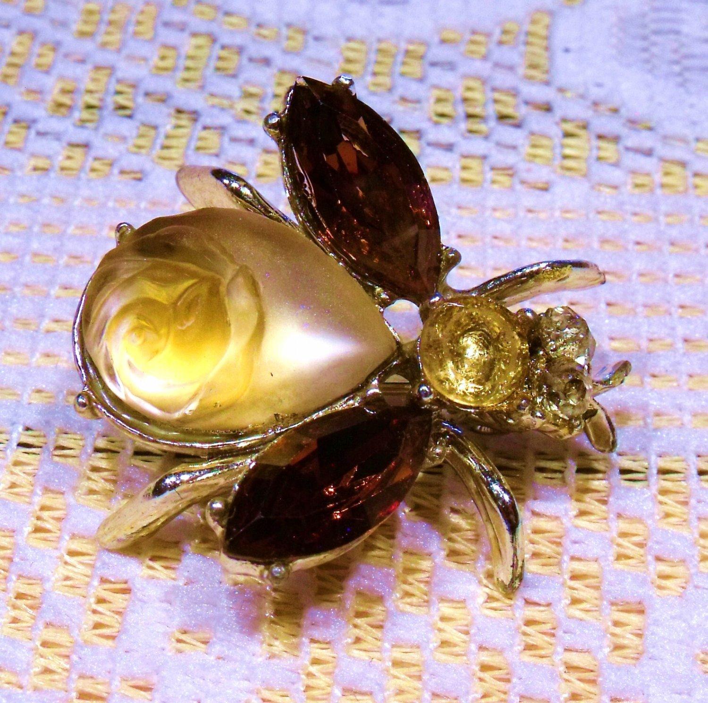 Bug Fly figural Rose Art Glass Rhinestones Vintage Pin Brooch