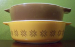 Pyrex Town and Country 2 Pieces- Casserole and Bowl