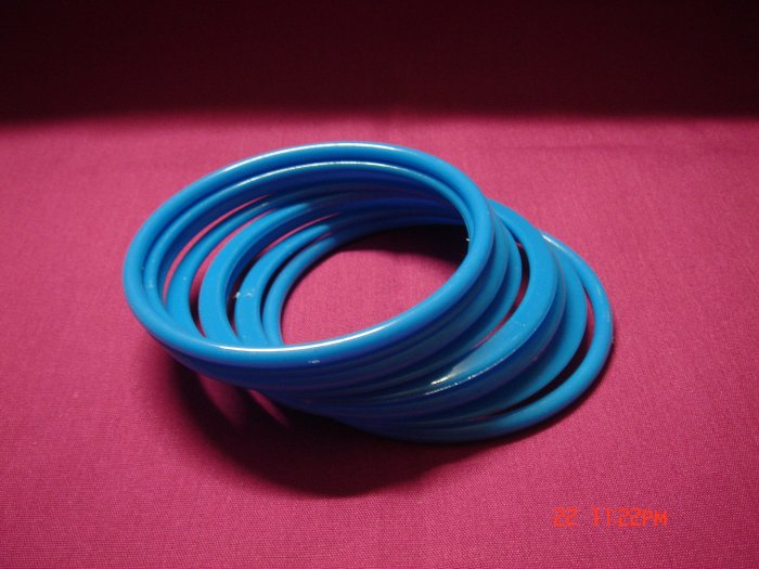 Latest Fashion 8 Sea Blue Bangles set ON SALE 2009**