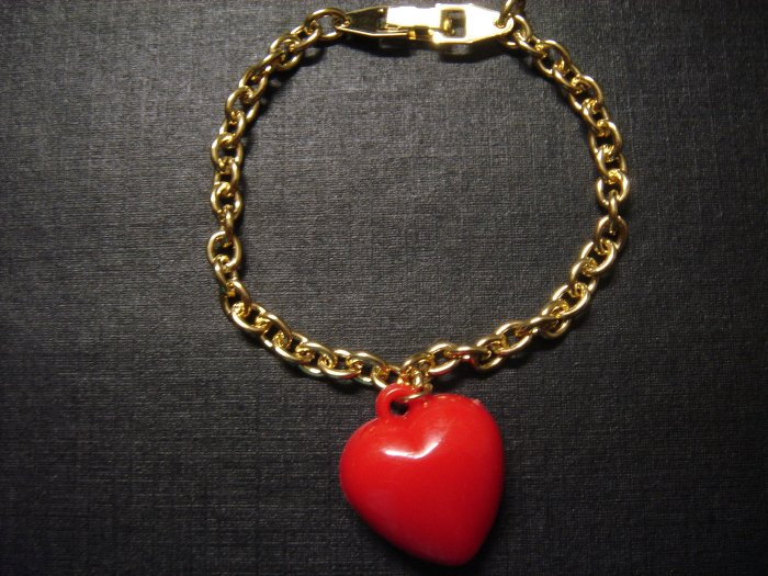 RED Heart LOVE Gold-Plated Bracelet on Card~ON SALE