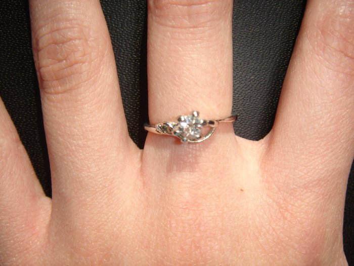 On SALE $15 NEW 925 CZ Cubic Zirconia Silver Ring Gift*+FREE BOX*