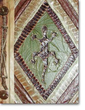 Leaf Photo Album from Bali-Gecko #17-Large Size
