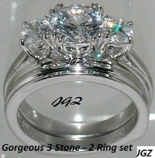 Engagement/Wedding set *3 Brilliant cut Stones *Size 5, 6, 7, 8, 9 *FREE Gift Box*