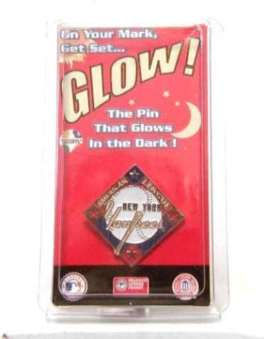 Cool NY YANKEES Glow in the Dark Baseball Pin