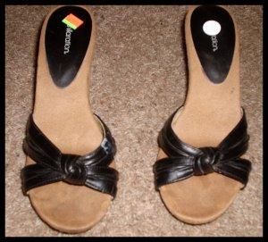 "Sandals Heel 4"" with Black Leather Straps Xhilaration Size 8 - 8 1/2"