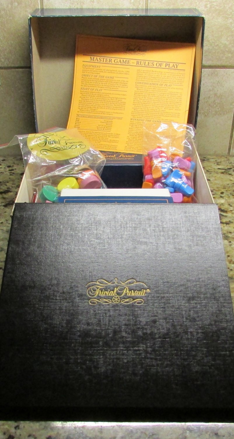 TRIVIAL PURSUIT No 7 Vintage Original 1981 Master Game Genus Edition