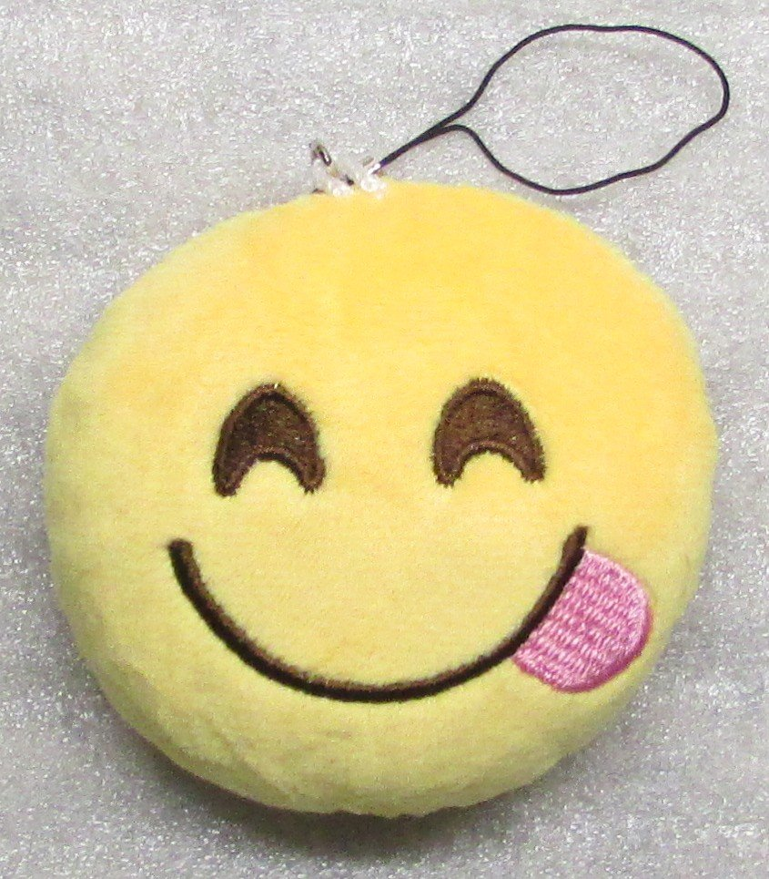 Emoji 3 in TONGUE Emoticon SMILING Soft Cloth Yellow KEY CHAIN Keychain NEW