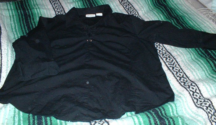 "Like New Womens Black Tailored ""Pirate"" Style Shirt 26W"