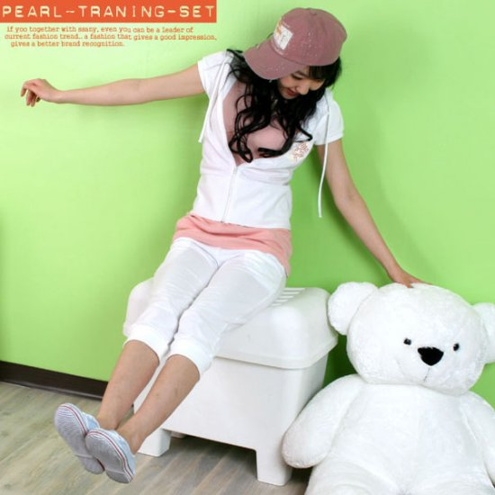 Korean Fashion Wholesale [C2-606] Lovely & Sporty 2-piece Hoodie + Pants Suit - white