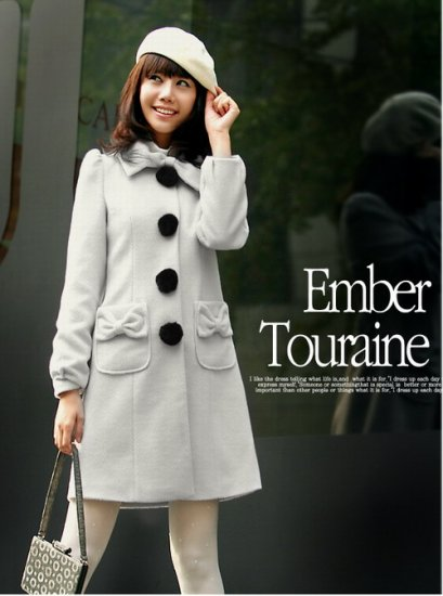 Korean Fashion Wholesale [B2-6089] Up-town Girl Luxurious Pompom Buttons Coat-gray-size L
