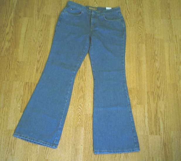 TOMMY HILFIGER FLARE JEANS-SIZE 9-31 X 33-NWT NEW