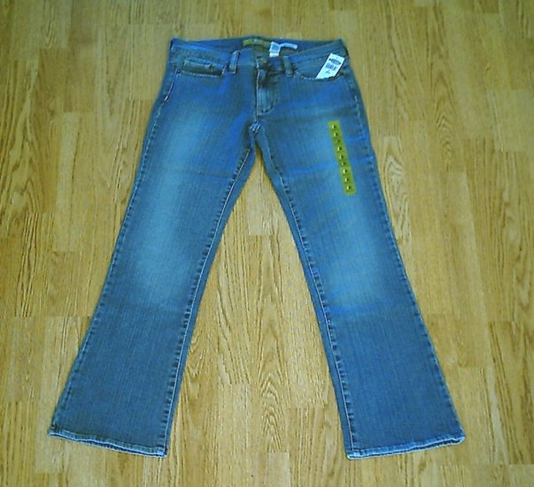 OLD NAVY LOW WAIST BOOTCUT STRETCH JEANS-6-31 X 31-NWT