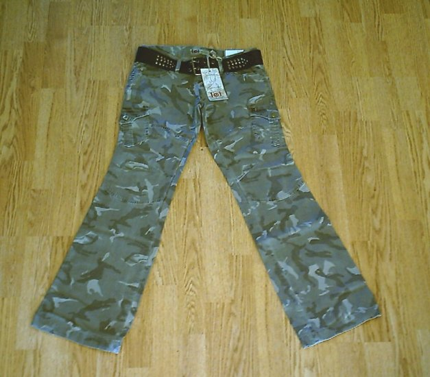 LEI JEANS LOW RISE CAMOFLAUGE PANTS-SIZE 1-28 X 32-NWT