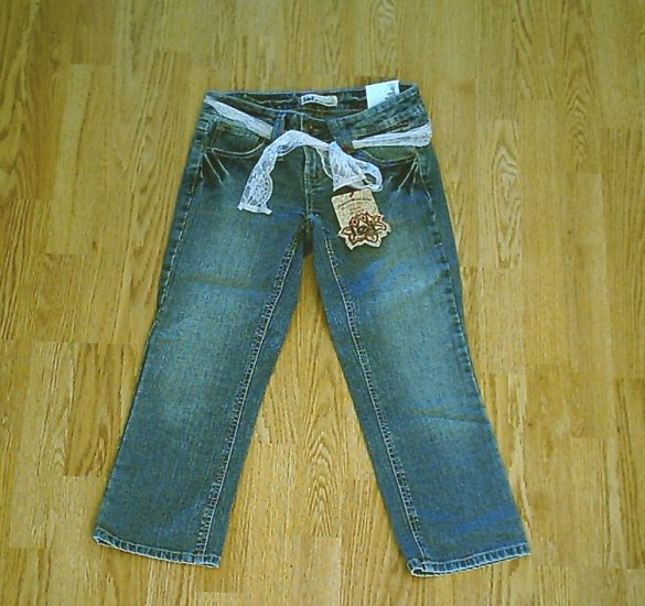 LEI JEANS ASHLEY LOW RISE CAPRIS CROP-3-29 X 23.5-NWT