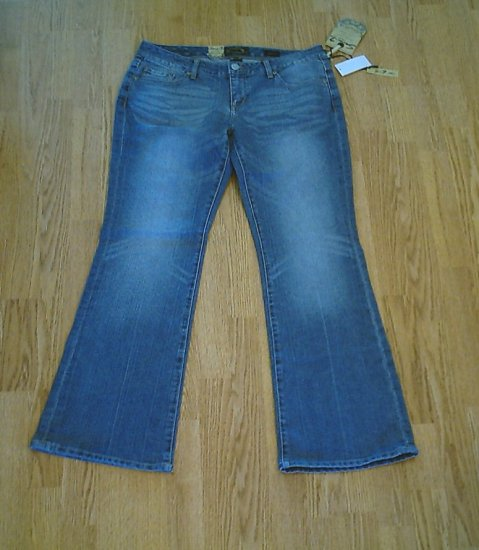 SEVEN FLARE STRETCH JEANS-SIZE 13-35 X 33 1/2-NWT EUR 31
