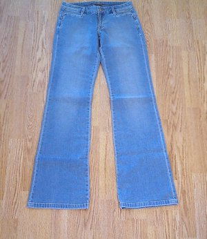OLD NAVY LOW RISE FLARE STRETCH JEANS-0 TALL-35 1/2-NWT
