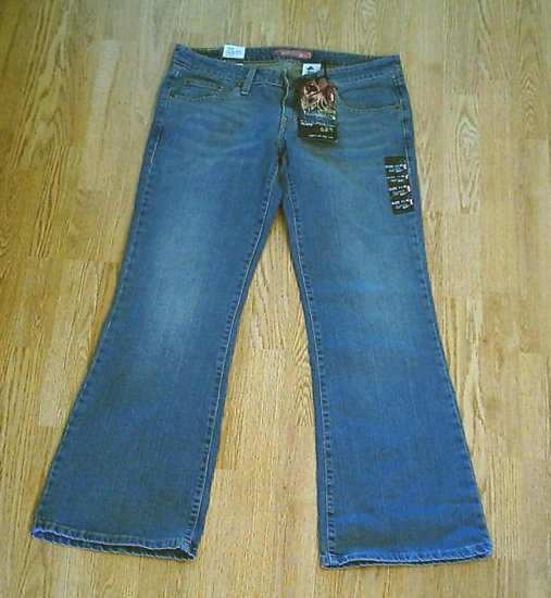 LEVIS 524 TOO SUPERLOW FLARE STRETCH JEANS-11-34/32-NWT