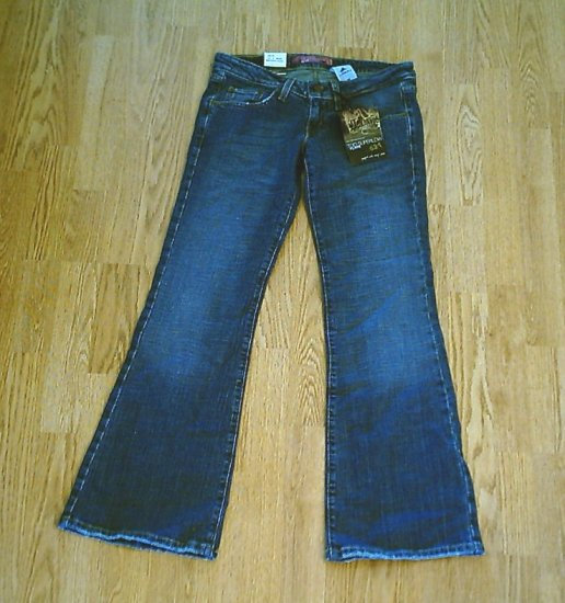 LEVIS 524 TOO SUPERLOW FLARE STRETCH JEANS-3-29/31-NWT
